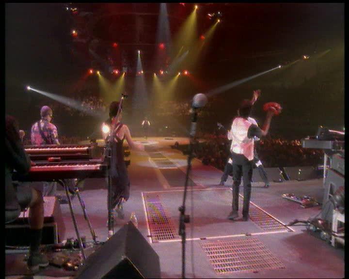 Sledgehammer Live