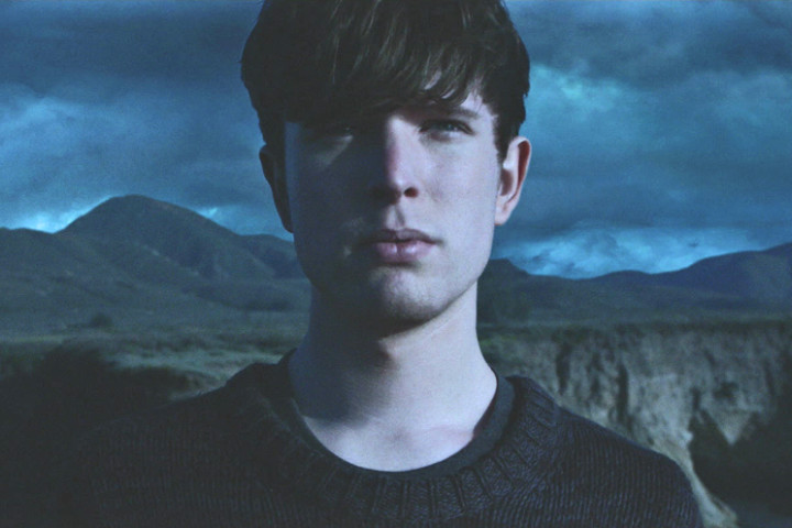 James Blake Assume Form Cover Ausschnitt