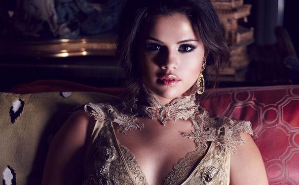 Selena Gomez, Vorfreude auf Stars Dance: hört jetzt in Selena Gomez' neues Album rein
