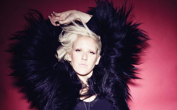 Ellie Goulding, Ellie Goulding veröffentlicht ihre neue Single Burn