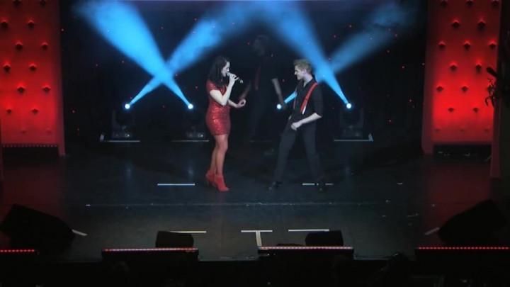 Anna Singt Rot