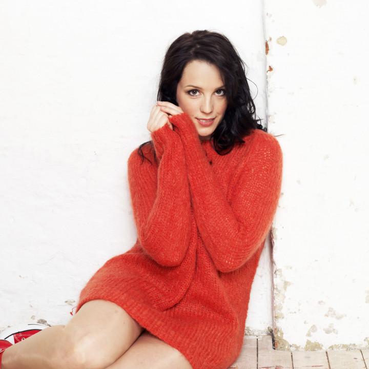 Anna singt Rot – Pressefotos 2013 − 3