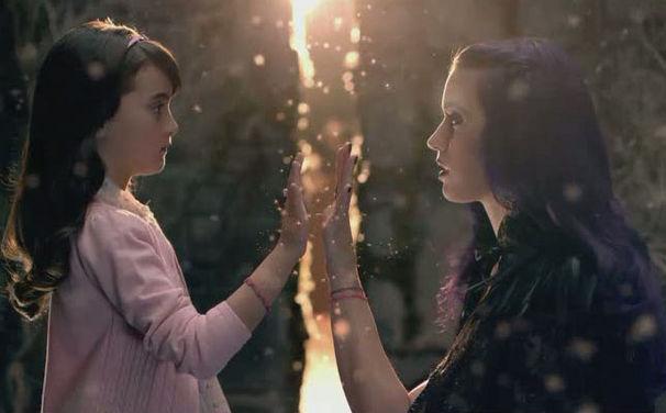 Katy Perry, Seht euch jetzt Katy Perrys spektakuläres Musikvideo zu Wide Awake an