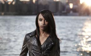 Angel Haze, Jetzt ansehen: Angel Haze präsentiert neues Video zu ihrem Song Battle Cry