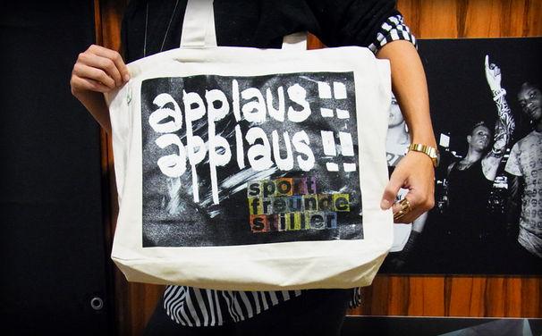 Sportfreunde Stiller, Gewinnt Sportfreunde Stiller- Taschen Applaus, Applaus