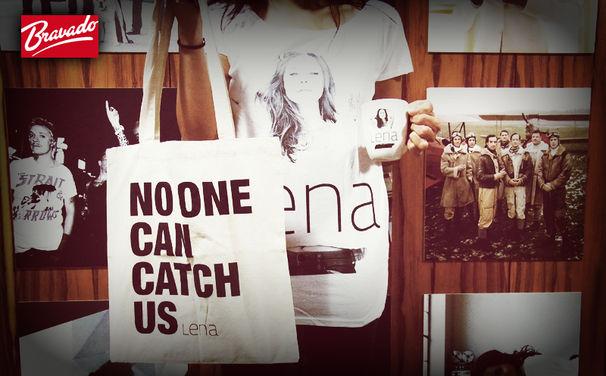 Lena, Gewinnt ein tolles Lena-Fanpaket mit T-Shirt, Tasche und Tasse