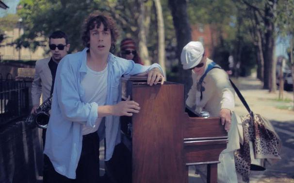 Johnny Borrell, Nicht verpassen: Johnny Borrell und seine Band Zazou spielen heute im Lido