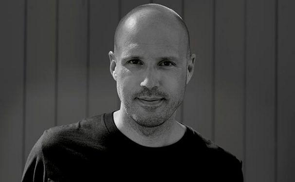Schiller, Videopremiere für Schillers Swan Lake mit Gastsolist Albrecht Mayer