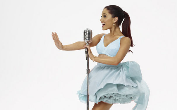 Ariana Grande, New Artist Of The Year: Ariana Grande hat einen American Music Award erhalten