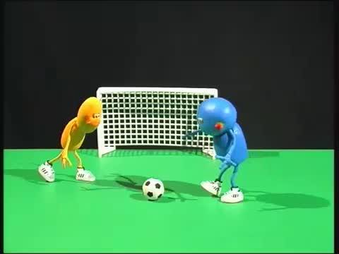 Kleine Fussballspieler