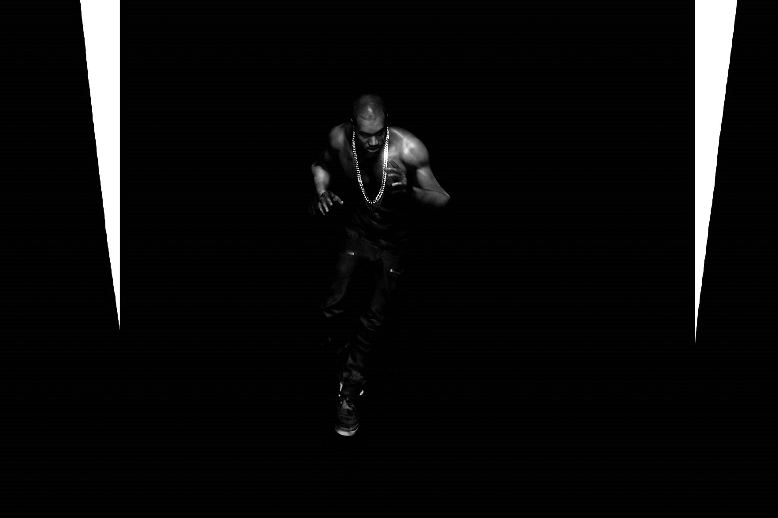 Kanye West, Black Skinhead