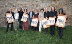 Faun, Mittelalterband FAUN erhält Gold für das Album Von den Elben