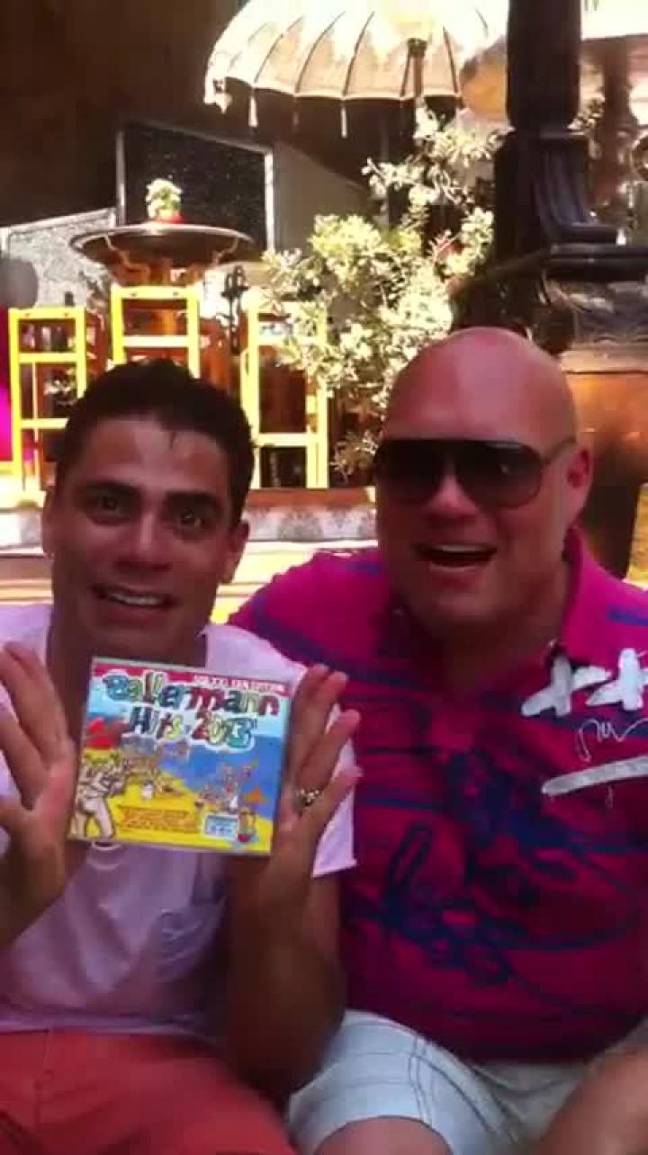 Silva und Buddy empfehlen euch die neue Ballermann Hits 2013