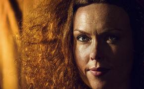 Kristin Asbjörnsen, Kristin Asbjørnsen - Die schwarze Stimme Norwegens