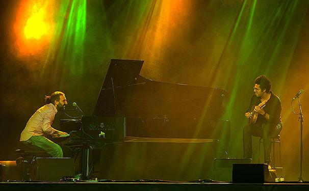 Stefano Bollani, Stefano Bollani & Hamilton de Holanda  - Virtuosen unter sich