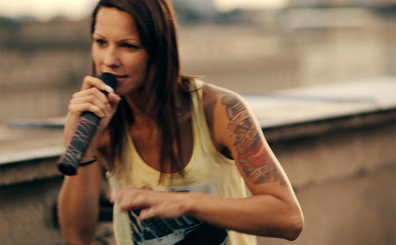 Christina Stürmer, Ich hör auf mein Herz
