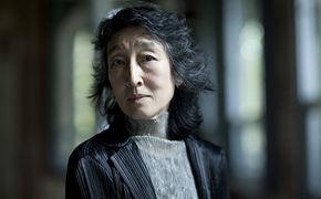 Mitsuko Uchida, Ihre neue Aufnahme enthält Soloklavierwerke von Robert Schumann