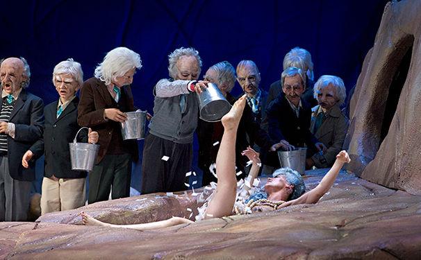 Benjamin Britten, Benjamin Britten zum 100. Geburtstag: Ein Sommernachtstraum an der Komischen Oper Berlin