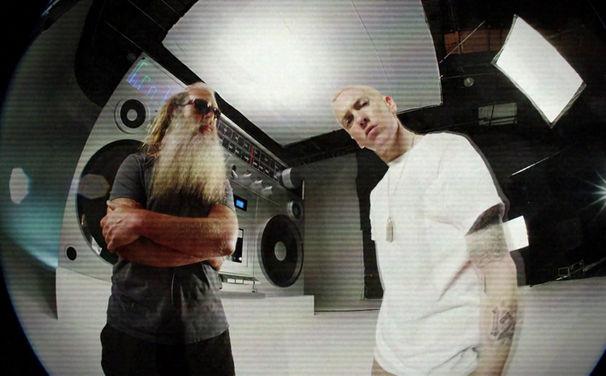 Eminem, Jetzt die 2-Track Single Berzerk von Eminem holen