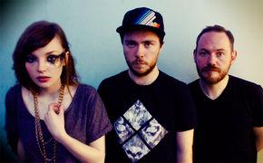 Chvrches, Neues Jahr, neues Album: Chvrches nehmen ihr zweites Album in Angriff
