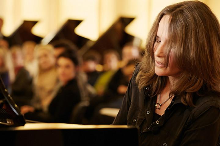 Hélène Grimaud in der Klavierfabrik von Steinway & Sons