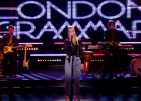 London Grammar, Wasting My Young Years - Live Video