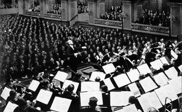 Die Berliner Philharmoniker, Die Berliner Philharmoniker Jahrhundert-Edition: 10 Journalisten präsentieren ihre Lieblingsaufnahmen
