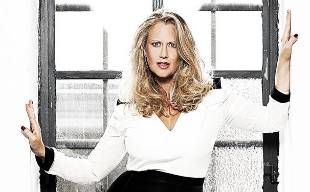 Barbara Schöneberger, Barbara Schöneberger wird neues Album Bekannt aus Funk und Fernsehen veröffentlichen