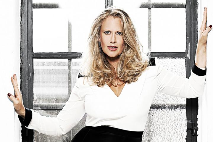 Barbara Schöneberger - Bekannt aus Funk....