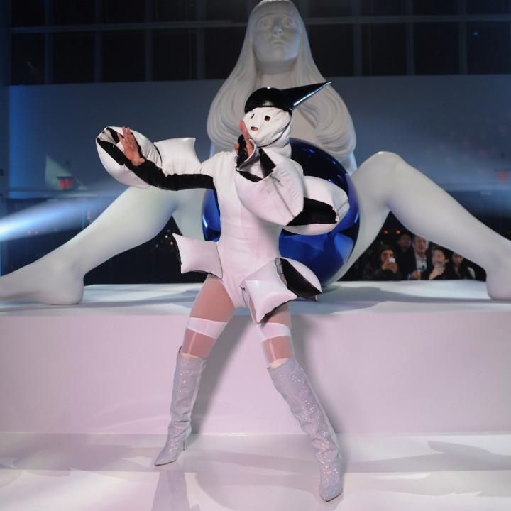 Lady Gaga artRave 2013