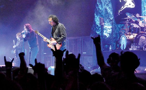 Black Sabbath, Einstimmung auf die Deutschland-Shows: Die Black Sabbath DVD Live...Gathered In Their Masses