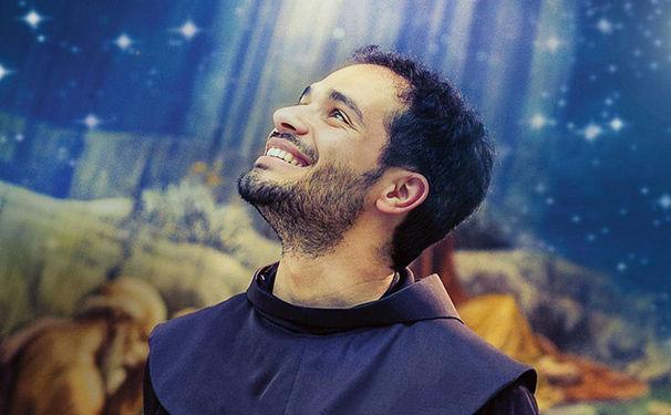 Friar Alessandro, Mit der Kraft des Glaubens