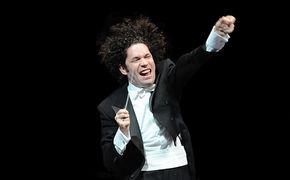 Gustavo Dudamel, Gustavo Dudamel dirigiert den Soundtrack zu Star Wars: Das Erwachen der Macht