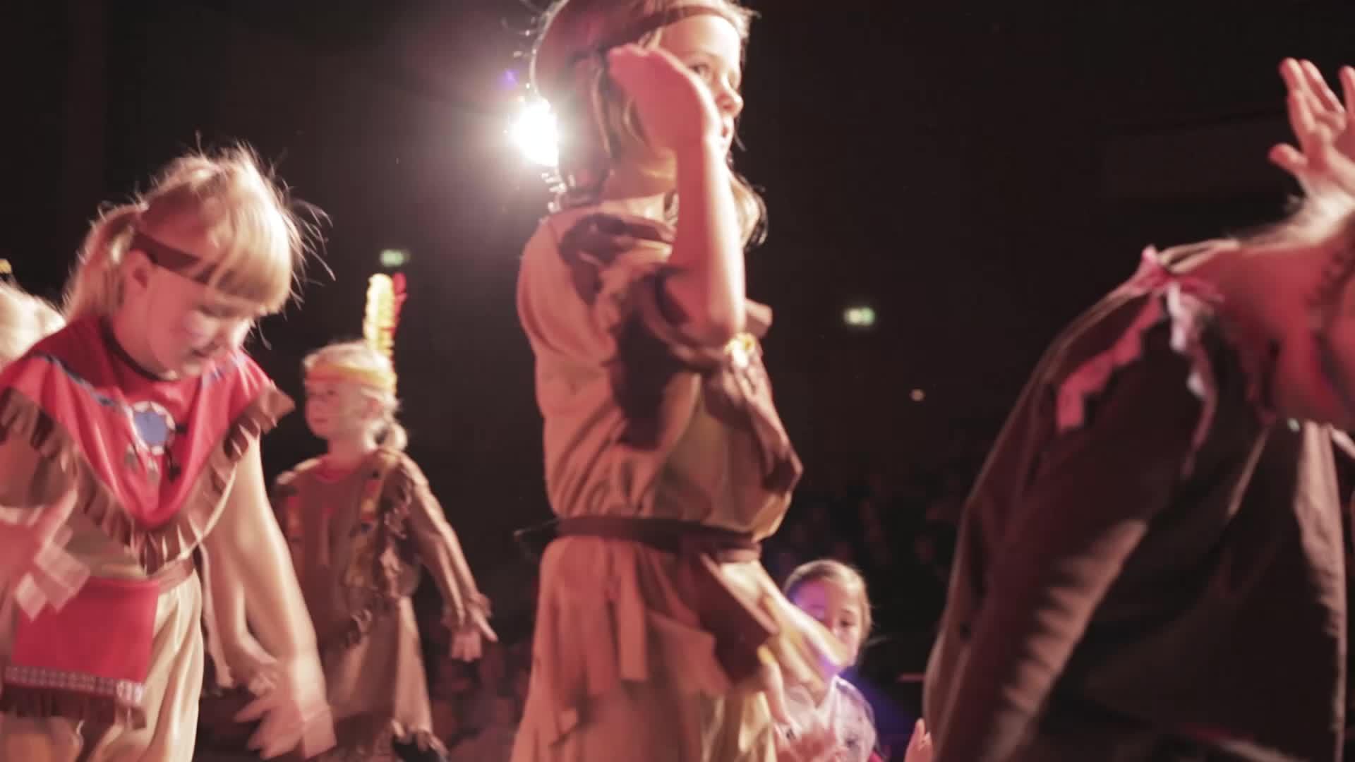 Lachen Singen Tanzen - Teaser