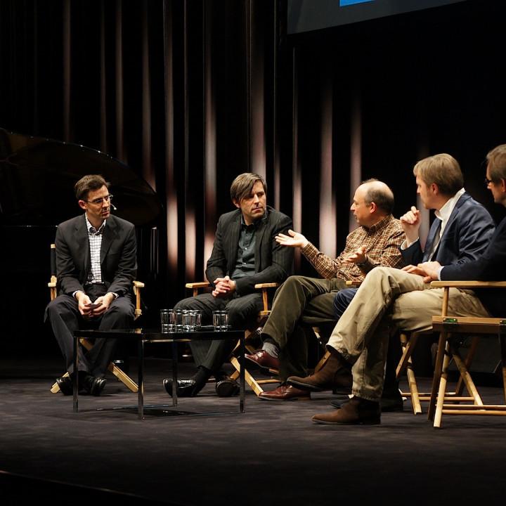"""Ruppert Wagg und Stephan Steigleder (Deutsche Grammophon), Max Whitby (Touch Press), Albrecht Mayer und Simon Halsey präsentieren die App """"Beethoven 9″"""