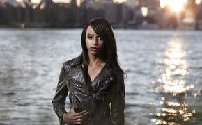 Angel Haze, Ab jetzt erhältlich: Angel Haze hat ihr Debütalbum Dirty Gold veröffentlicht