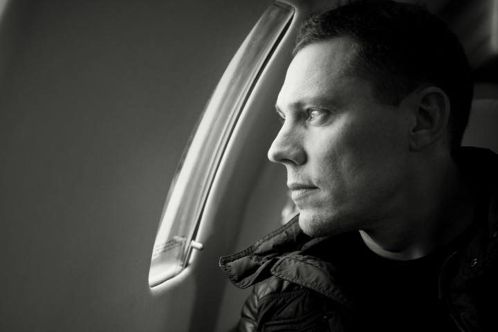 tiesto - red lights - 2014