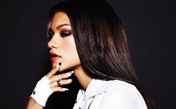 Zendaya, Zendaya kündigt selbstbetiteltes Album an: Zendaya ist ab jetzt bei iTunes bestellbar