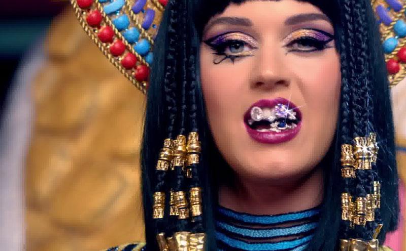 Katy Perry, Dark Horse (Teaser)