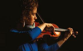 Hilary Hahn, Wohlklingende Wellenlänge - Hilary Hahns Konzert in Hannover wird auf NDR Kultur übertragen