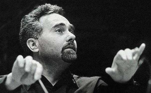 Istvan Kertesz, Kurz, doch ungemein fruchtbar: István Kertész als Chefdirigent in London