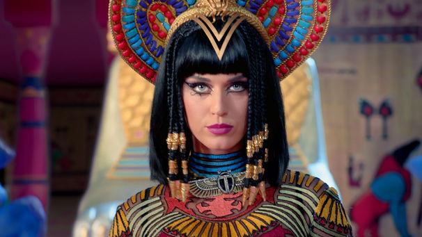 Katy Perry, Dreifach ausgezeichnet: Katy Perry gilt bei den American Music Awards als Abräumerin des Abends