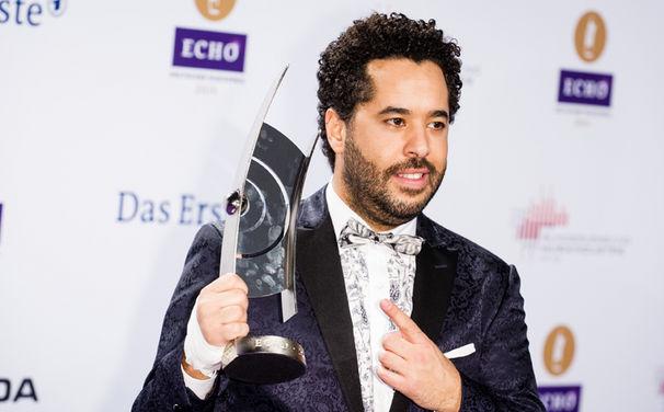 Adel Tawil, Adel Tawil gewinnt den ECHO in der Kategorie Erfolgreichster Newcomer National