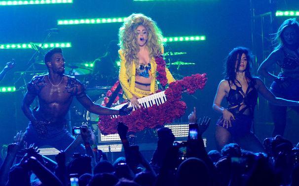 Lady Gaga, Lady Gaga performt im legendären Roseland Ballroom in New York