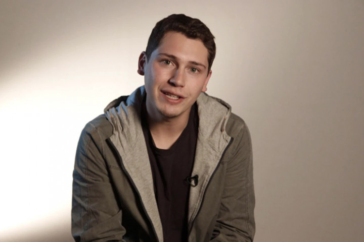 cris cab close up