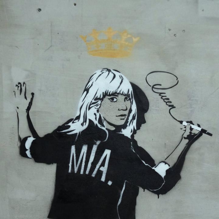 Mia. - Queen