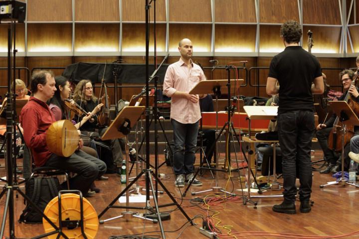 Bejun Mehta und Pablo Heras-Casado bei Aufnahmen im Studio des Deutschlandfunk, Köln