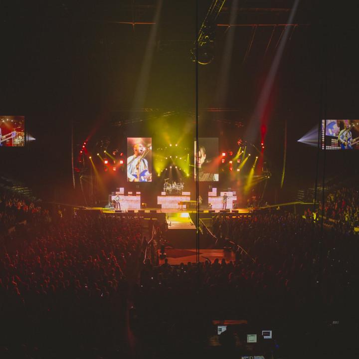 Hedley Live 4