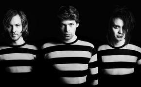 Dirty Loops, Dirty Loops räumen die Pop-Welt mit ihrem Debüt Loopified auf