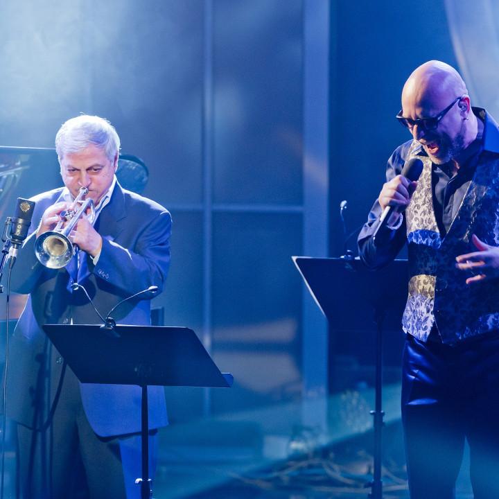 Dusco Goykovich und Mario Biondi beim ECHO Jazz 2014 // Credit Monique Wuestenhagen/BVMI
